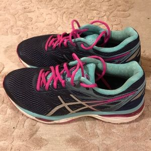 Asics Gel-Cumulus 18 Running Sneakers size 7.5